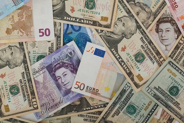 britské peníze.jpg