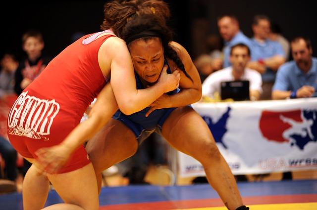 Ženy - zápasníčky.jpg