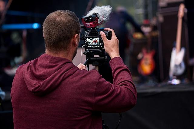 Fotograf pri fotení
