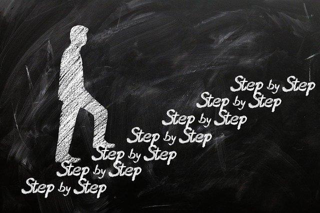 step-by-step-g7b3ac1ef8_640